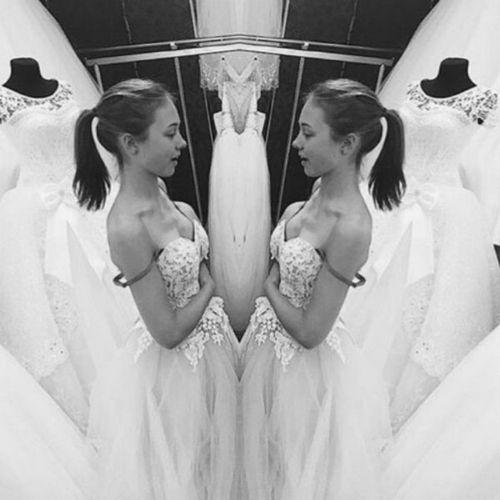 16-Летняя катя старшова из «папиных дочек» поделилась фото в свадебном платье