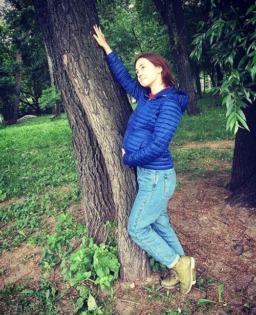 16-Летняя катя старшова из «папиных дочек» опубликовала «беременное» фото