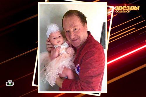 70-Летний владимир стеклов впервые показал двухмесячную дочь