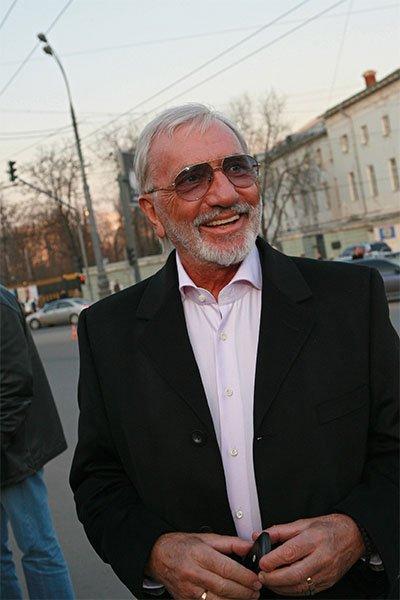 80-Летний режиссер виктор мережко госпитализирован с подозрением на инсульт