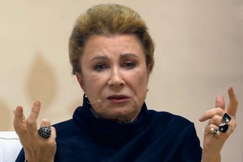 81-Летняя алла демидова вышла из себя из-за рассказа о ее романе с борисом хмельницким