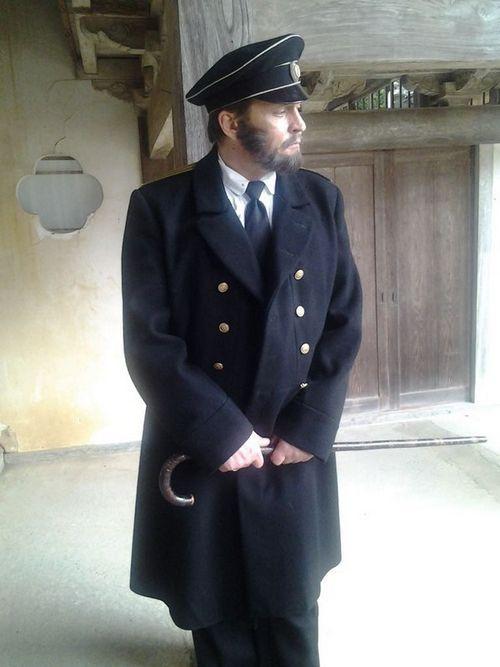 Александр домогаров посетил кладбище русских военнопленных в японии, где снимается в историческом фильме