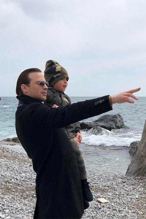 Алексей чадов опубликовал трогательное фото с сыном
