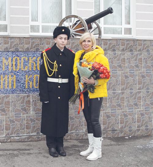 Алена свиридова: «меня раздражает, когда мамочки начинают скакать вокруг своих сыночков, а потом жалуются, что мужчины перевелись»