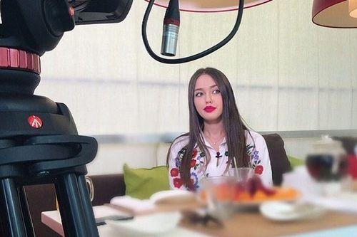 Анастасия костенко вслед за ольгой бузовой решила стать телеведущей