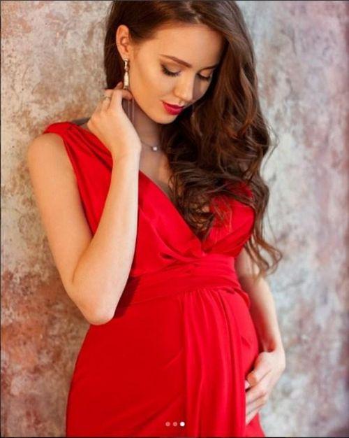 Анастасия костенко заявила, что в ней проснулась настоящая мать