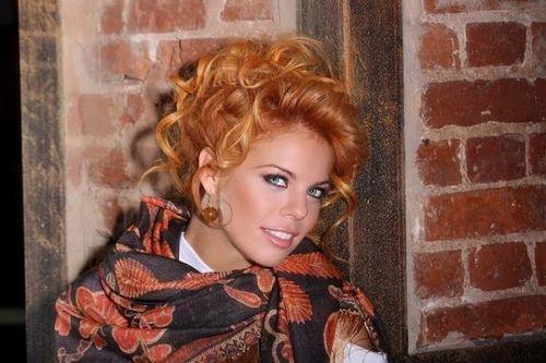 Анастасия стоцкая сообщила, что восстановила фигуру после вторых родов благодаря йоге