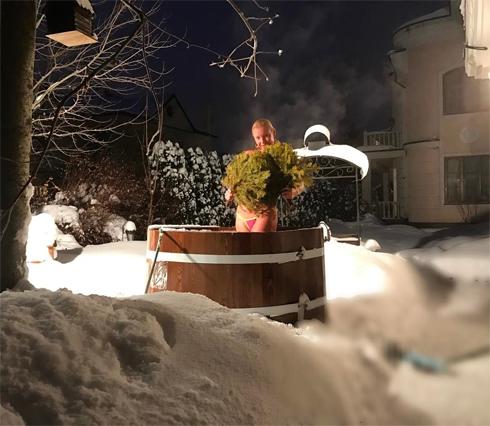 Анастасия волочкова послала в баню
