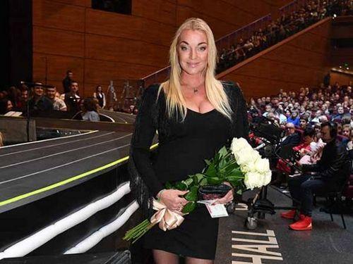 Анастасия волочкова публично призналась в любви к сулейману керимову