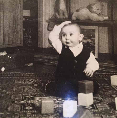 Андрей малахов показал двухлетнего малыша