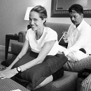 Анджелина джоли сделала тату в честь брэда питта
