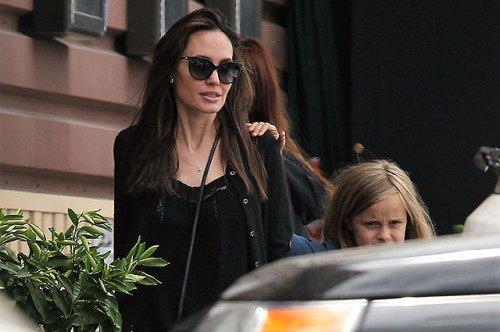 Анджелина джоли впервые появилась на публике после интервью о разводе с брэдом питтом - «культура»
