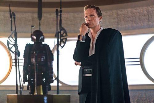 Чехарда со спин-оффами «звездных войн», «нелюбовь» в топе критиков the guardian, провал нового фильма траволты и другие события недели