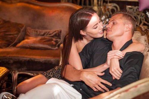 Дмитрий тарасов и анастасия костенко дали первое совместное интервью и разделись для фотосессии