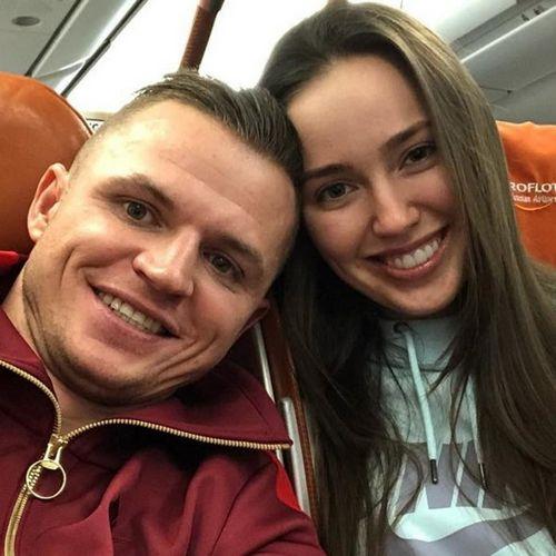 Дмитрий тарасов и анастасия костенко заплатят за роды в элитной клинике около миллиона рублей