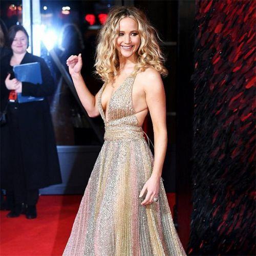 Дженнифер лоуренс призналась, что не прошла пробы на главную роль в «сумерках» и «алисе в стране чудес»