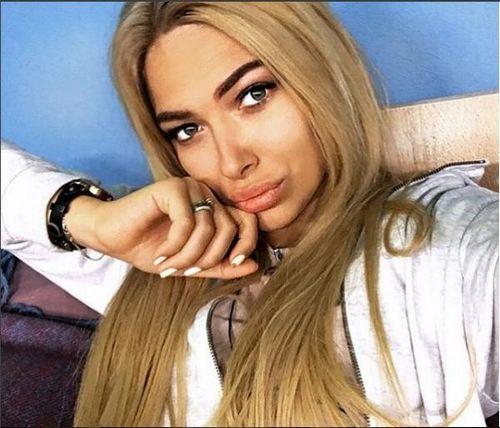 Екатерина зиновьева обиделась на подписчиков из-за критики ее цвета волос