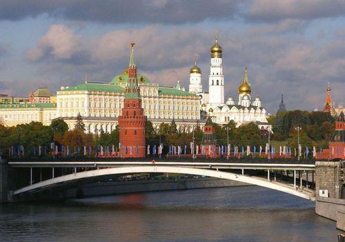 Елки в кремле: ургант, брежнева и все-все-все