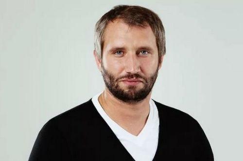 Федор бондарчук и сергей минаев прокомментировали решение юрия быкова уйти из кино из-за «спящих»