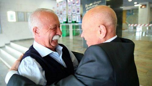 «Фигура высшего пилотажа»: леонид якубович отмечает 70-летие
