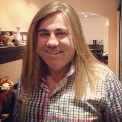 Иосиф пригожин показал себя с длинными волосами