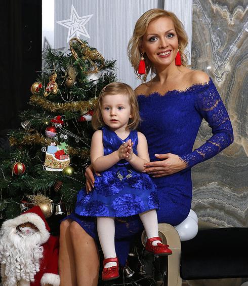 Ирина сашина собирается гадать на святки