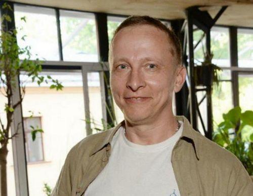 Иван охлобыстин оставил священнослужение из-за нехватки денег и вернулся в кино
