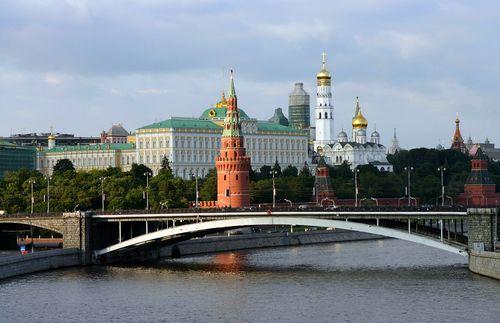 Из токио - в москву: светская премьера