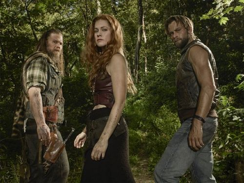 «Изгои», 2 сезон: продолжение истории о борьбе клана фарреллов за свою землю выходит на экраны