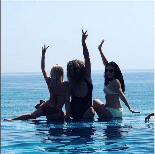 Экс-участница дом-2 дарья пынзарь опубликовала полуголое фото с подругами
