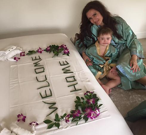 Эвелина бледанс улетела отдыхать без мужа