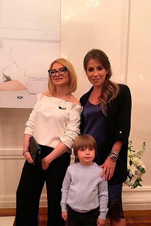 Юлия барановская: «на съемках модного приговора александр васильев поднимает настроение всей съемочной группе»