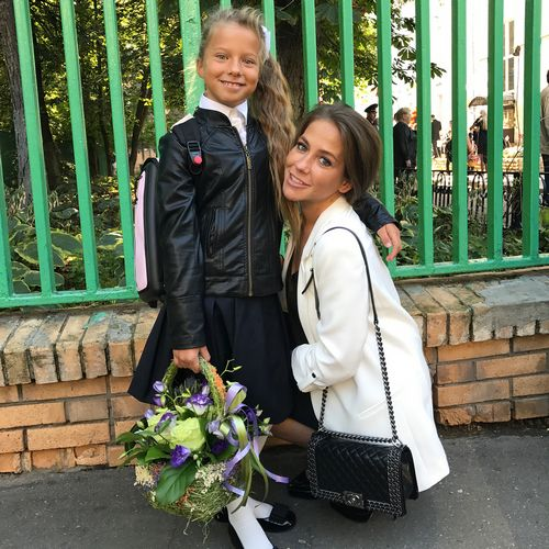 Юлия барановская, тутта ларсен и другие на пресс-конференции здоровье школьников