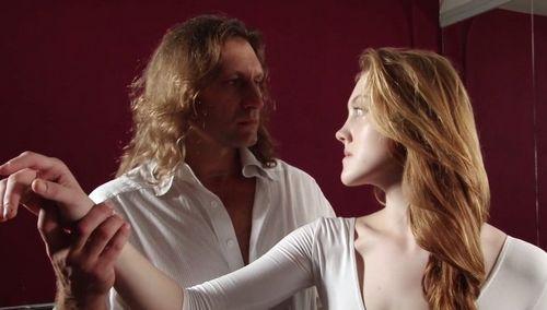 Юлия и полина ауг сыграют одного персонажа в фильме «очень хочется жить»