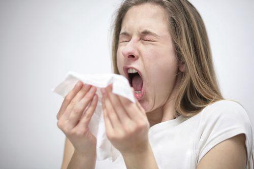 Как не заболеть в сезон простуд: 10 правил от доктора комаровского