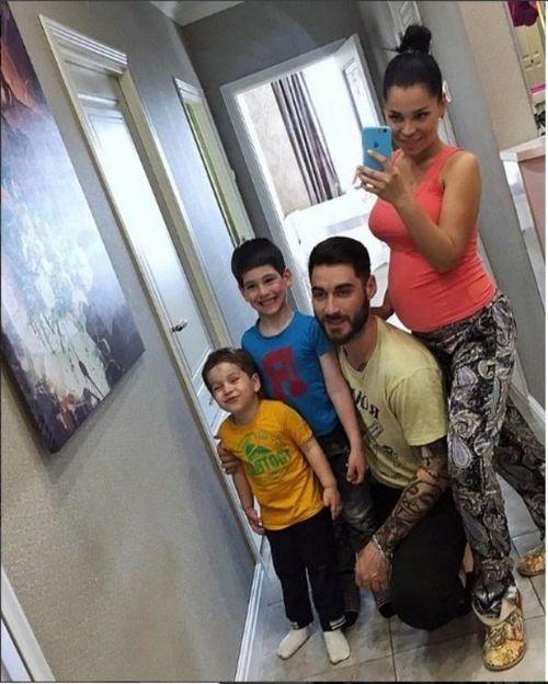 «Как в сказке «три богатыря»»: экс-участница «дома-2» юлия салибекова рассказала, как сыновья отреагировали на новость о ее беременности