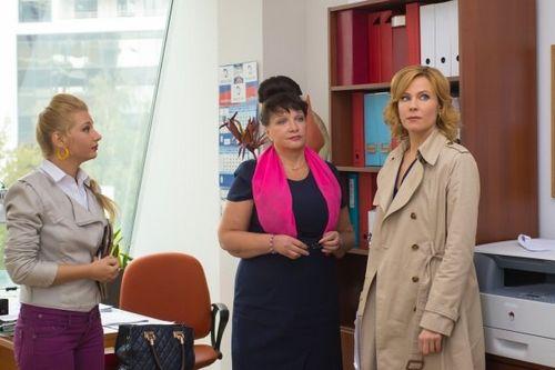 Канал твц покажет «парфюмершу-2» со звездой сериала «осиное гнездо» в главной роли