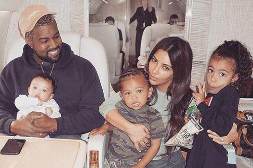 Ким кардашьян рассказала, что дети не догадываются о популярности их семьи