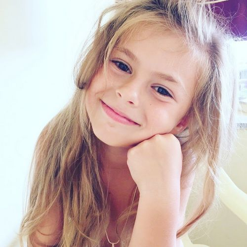 Кира найтли носит парики, потому что ее волосы стали «буквально осыпаться»