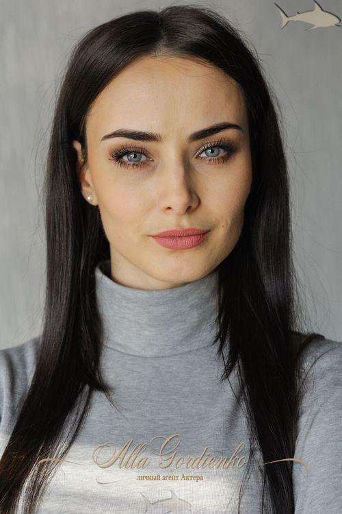 Ксения бородина поблагодарила фанатов заподдержку после поста обизменах мужа