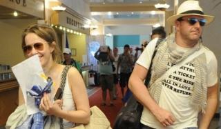 Ксения собчак и максим виторган приняли участие в гей-параде