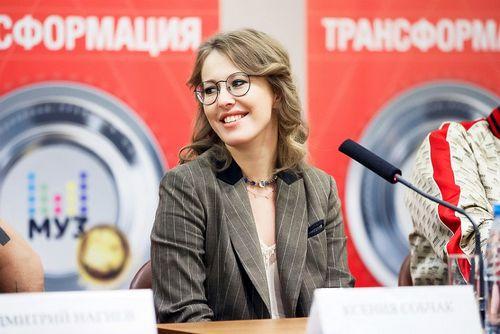Ксения собчак, ольга бузова и филипп киркоров выступят вместе на премии муз-тв
