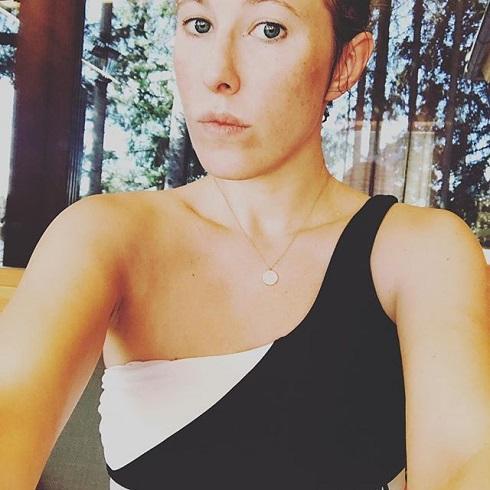 Ксения собчак поделилась личными снимками: с веником и без косметики
