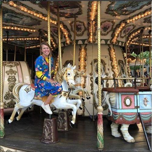 Ксения собчак села на лошадь и сказала, что «нашла своих»