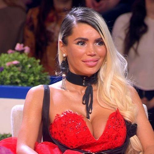 Лариса гузеева пощупала грудь участницы шоу «давай поженимся»