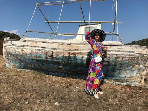 Лена ленина купила старую рыбацкую лодку