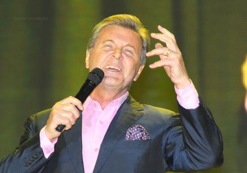 Лев лещенко рассказал, как оконфузился перед первыми лицами государства