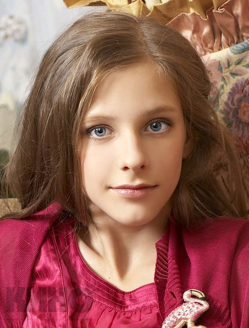Лиза арзамасова: «ко мне подошла девушка и сказала, что выросла на папиных дочках»
