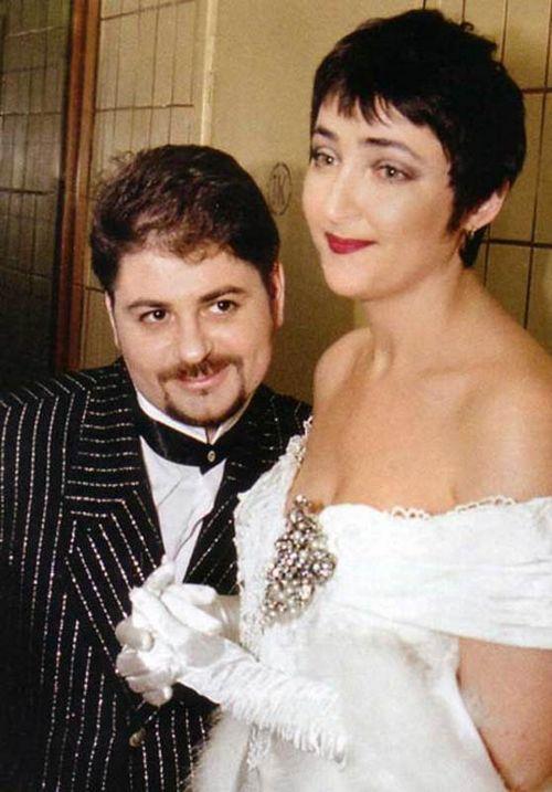 Лолита после развода с александром цекало попала в психиатрическую клинику