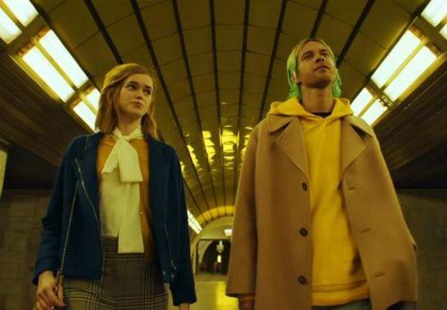 Макс барских шокировал публику резкой сменой имиджа в новом клипе